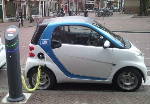 Cargar el coche eléctrico con tokens